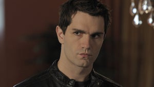 Supergirl Taps Smallville Alum Sam Witwer to Play Agent Liberty