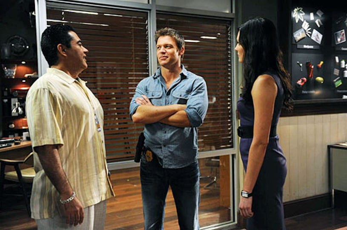 The Glades - Season 3 - Carlos Gomez, Matt Passmore and Taylor Cole