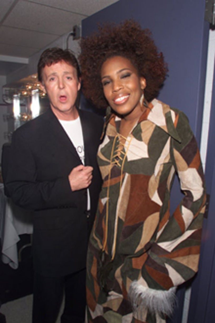 Paul McCartney and Macy Gray - VH1 Vogue Fashion Awards  in New York City, October 20, 2000
