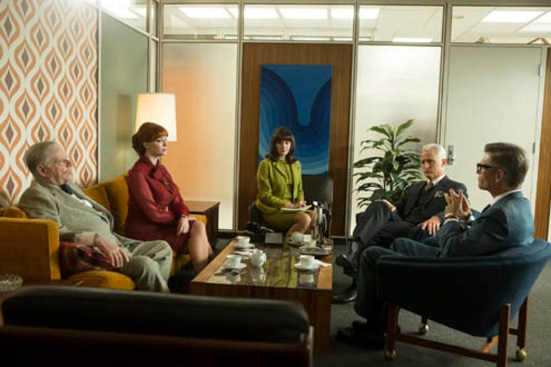 """Mad Men - Season 7 - """"A Day's Work"""" - Robert Morse as Bertram Cooper, Christina Hendricks as Joan Harris, Christine Garver as Moira, John Slattery as Roger Sterling and Harry Hamlin as Jim Cutler"""