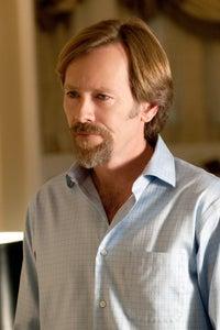 Peter Outerbridge as Brad Borden