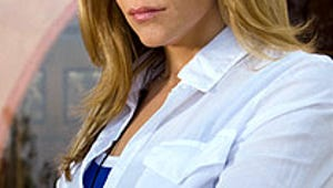 Mary McCormack Puts Her Pregnancy In Plain Sight