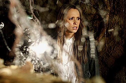 "Ghost Whisperer - Season 3, ""All Ghosts Lead to Grandview"" - Jennifer Love Hewitt as Melinda"