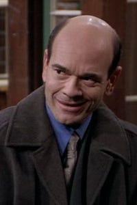 Robert Picardo as Larry Kincaid