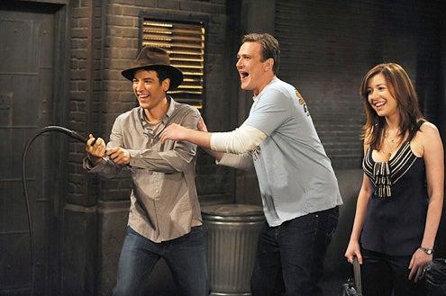 "How I Met Your Mother - Season 5 - ""Definitions"" - Josh Radnor, Jason Segel and Alyson Hannigan"