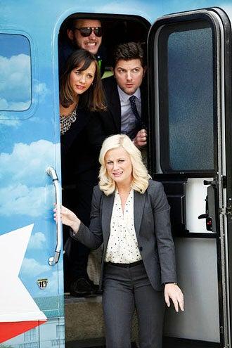 "Parks and Recreation - Season 4 - ""Bus Tour"" - Rashida Jones, Chris Pratt, Amy Poehler and Adam Scott"