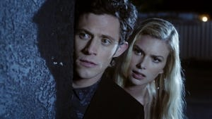 Stitchers, Season 1 Episode 9 image