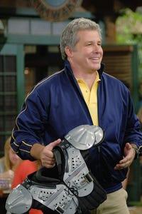Larry Poindexter as Quinton Bosh