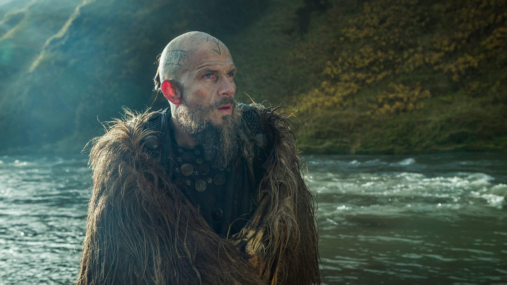 Gustaf Skarsgard, Vikings