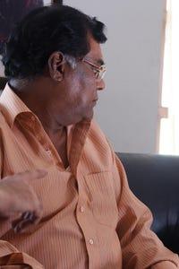 Kota Srinivasa Rao as Pilli Raja