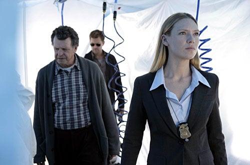 "Fringe - Season 1 - ""The Cure"" - John Noble as Walter, Joshua Jackson Peter, Anna Torv as Olivia"