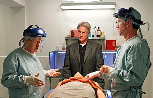 "NCIS - Season 8 - ""Short Fuse"" - David McCallum, Mark Harmon, Brian Dietzen"