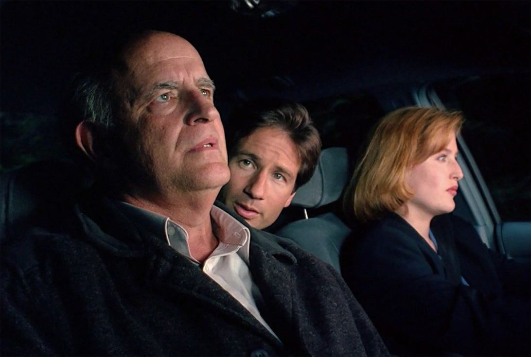 Peter Boyle, David Duchovny, and Gillian Anderson, The X-Files