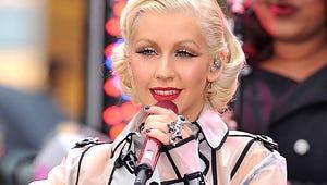 Christina Aguilera to Sing National Anthem at Super Bowl