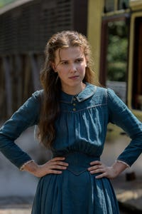 Millie Brown as Lizze