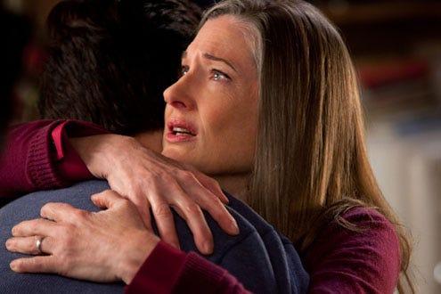 "Smallville - Season 10 - ""Beacon"" - Tom Welling as Clark Kent and Annette O'Toole as Senator Kent"