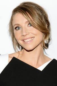 Sarah Chalke as Beth
