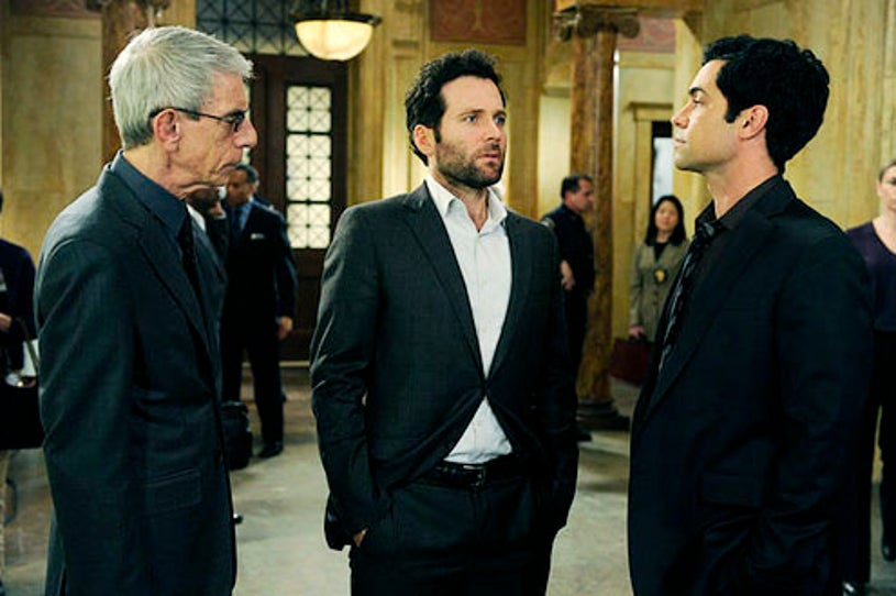 """Law & Order: Special Victims Unit - Season 14 - """"Traumatic Wound"""" - Richard Belzer, Eion Bailey and Danny Pino"""