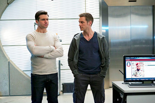 "Nikita - Season 3 - ""Inevitability"" - Dillon Casey and Devon Sawa"