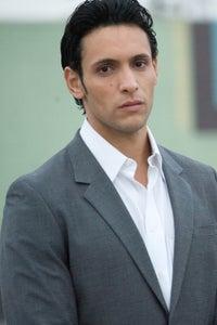Ben Youcef as Yari