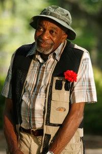 Bill Cobbs as Virgil