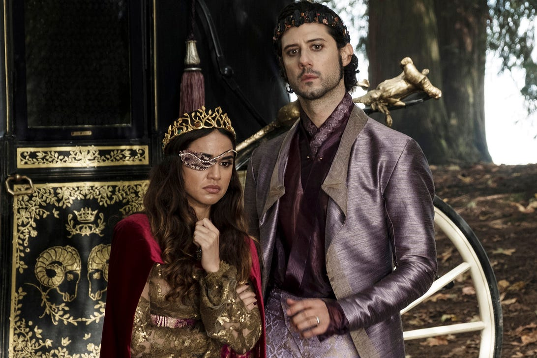 Summer Bishil and Hale Appleman, The Magicians