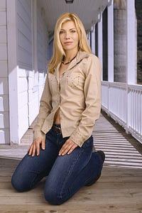 Stephanie Niznik as Waitress