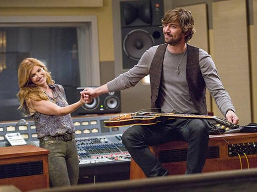 "Nashville – Season 1 – ""Be Careful of Stones That You Throw"" - Connie Britton, Michiel Huisman"