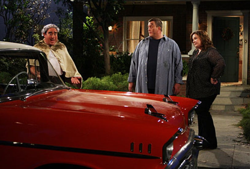 """Mike & Molly - """"Chevy Bel Air"""" - Louis Mustillo, Billy Gardell, Melissa McCarthy"""