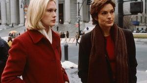 See Mariska Hargitay and Stephanie March's Sweet Law & Order: SVU Reunion