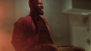 Netflix's Project Power Review: Jamie Foxx's Pill-Poppin' Action Flick Is No Fun