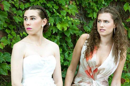 Girls - Season 1 - Zosia Mamet and Allison Williams