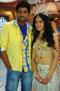 Allari Naresh as Ravi Varma