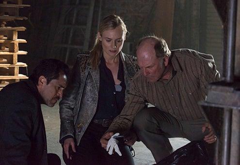 "The Bridge - Season 1 - ""Maria of the Desert"" - Demian Bechir as Marco Ruiz, Diane Kruger as Sonya Cross, Ted Levine as Lt. Hank Wade"