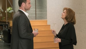 Ray Donovan Returns With a Big Shocker, and a Nod to Its Dark Comedic Roots
