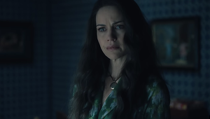 The Haunting of Hill House Review: Netflix's Horror Series Is a Provocative Examination of Isolation and Belonging