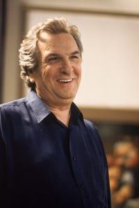 Danny Aiello as Jacobs