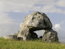 Secrets of the Stones, Season 1 Episode 2 image