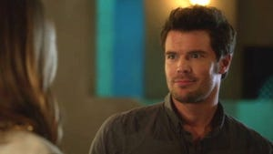 90210, Season 5 Episode 14 image