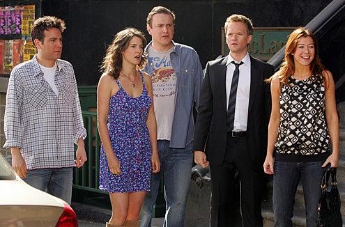 "How I Met Your Mother - Season 5 - ""Doppelgangers"" - Josh Radnor, Cobie Smulders, Jason Segel, Neil Patrick Harris, Alyson Hannigan"