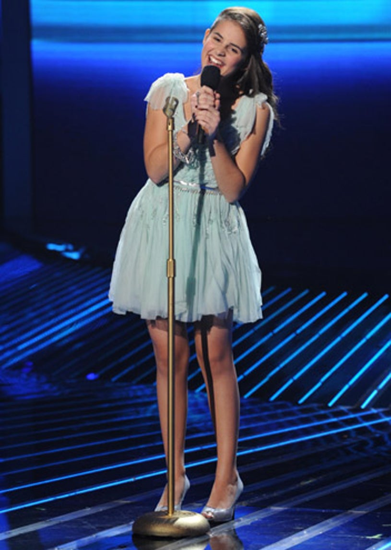 "The X Factor - Season 2 - ""Top 10 Perform"" - Carly Rose Sonenclar"