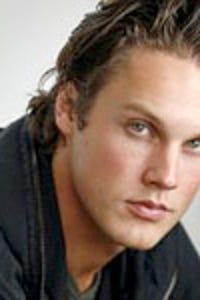 Zachary Burr Abel as Carter Anderson