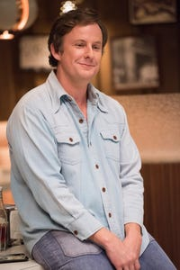 Stephen Guarino as Richie