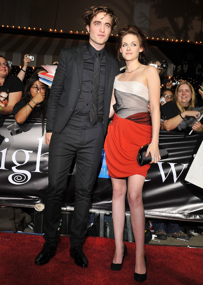 """Robert Pattinson and Kristen Stewart arrive at Summit Entertainment's """"Twilight"""" World Premiere at Mann Village on November 17, 2008"""