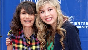 iCarly Star Jennette McCurdy's Mother Passes Away