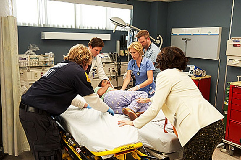 """Nurse Jackie - Season 4 - """"The Wall"""" - Lenny Jacobson, Peter Facinelli, Edie Falco, Stephen Wallem and Eve Best"""