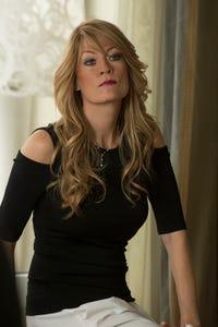 Dana Wheeler-Nicholson as Beverly O'Connor