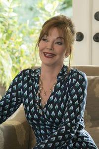 Robin Riker as Allie Gallo
