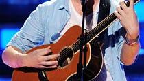 Report: Idol Winner Phillip Phillips to Have Surgery Next Week