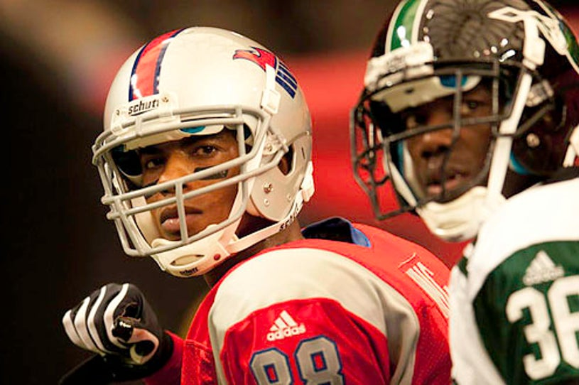 """Necessary Roughness - Season 1 - """"Goal Line"""" - Mehcad Brooks and Terrell Owens"""